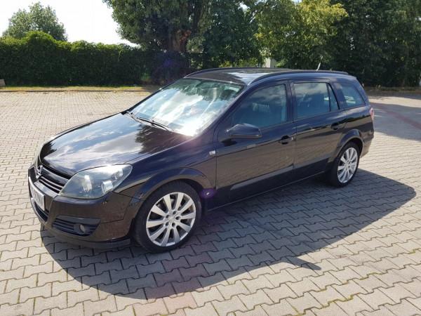 Hak wypinany + moduł Opel Astra Kombi 2004-2014