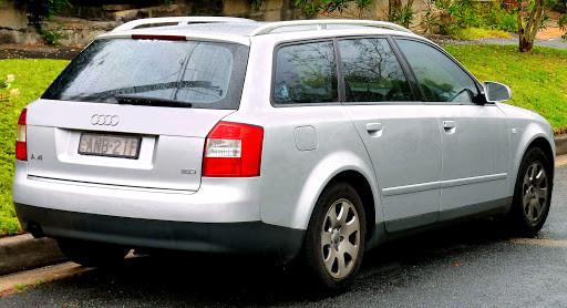 Hak wypinany + moduł Audi A4 Kombi 2001-2007