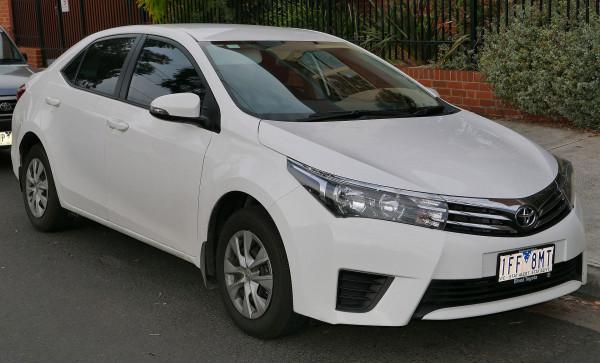 Hak wypinany + moduł TOYOTA Corolla E18 od 2013