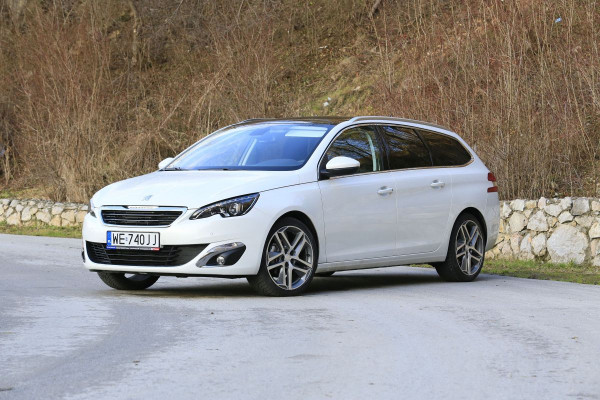Hak holowniczy + wiązka Peugeot 308 2007-2013