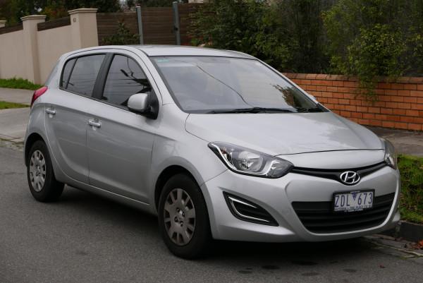 Hak wypinany + wiązka Hyundai i20 2008-2012
